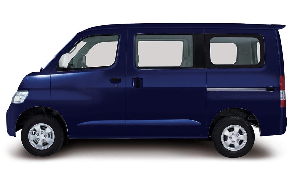 Daihatsu Granmax MB biru