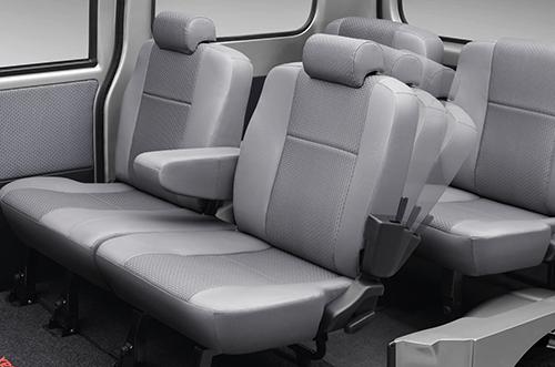 Daihatsu Granmax MB interior 3