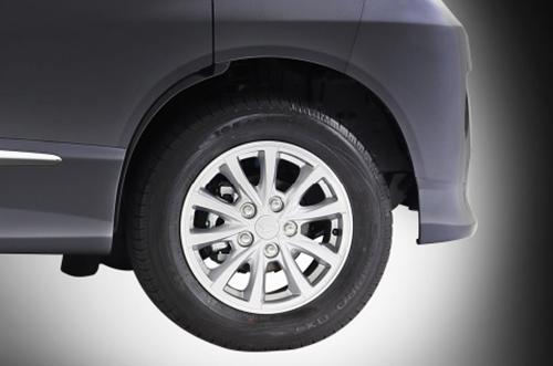 Daihatsu Luxio Exterior 6