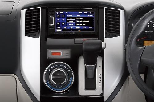 Daihatsu Luxio Interior 5